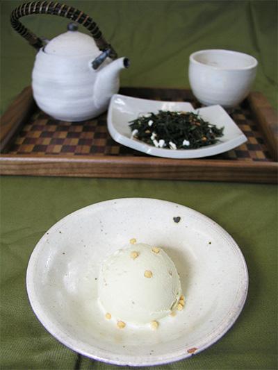 玄米茶アイスミルク